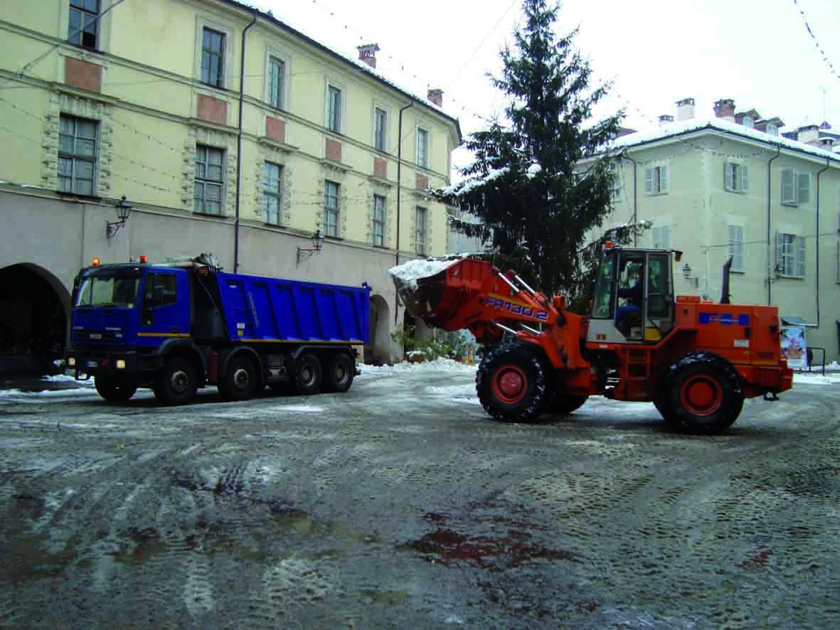 Disagi in tutta la zona per le forti nevicate