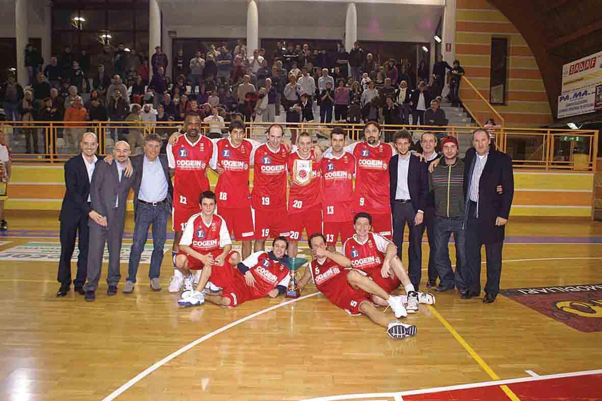 Storica promozione in C1 per la Cogein-Amatori Basket