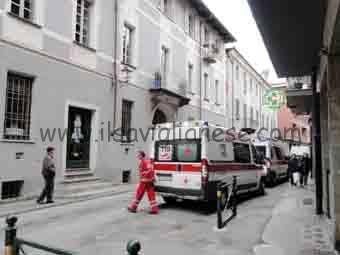 Ambulanze in via Tempia