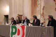 """Tra applausi e contestazioni, il ministro del Lavoro Poletti spiega il """"Jobs Act"""" del governo"""