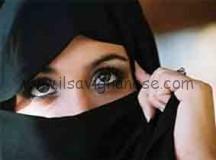 Divide la lezione a scuola sul velo islamico