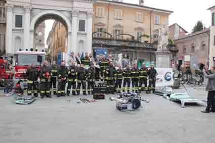 rotary consegna kit pompieri