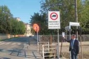 Stop ai camion in paese