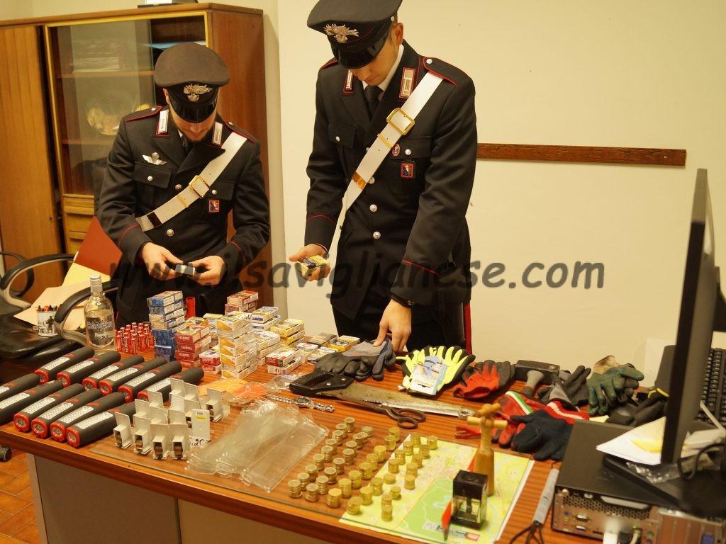 """Tre arresti per due """"spaccate"""" notturne"""